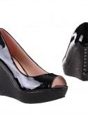 täistallaga kingad